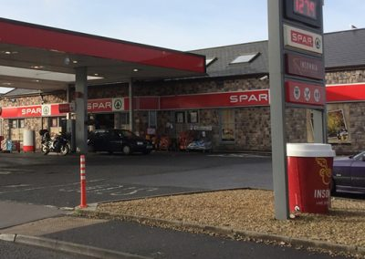 Texaco Garage with Spa attached